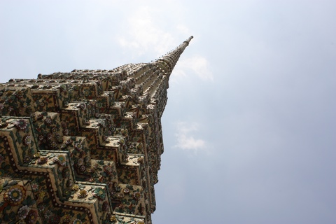 bangkok-wat-pho-stupa-view