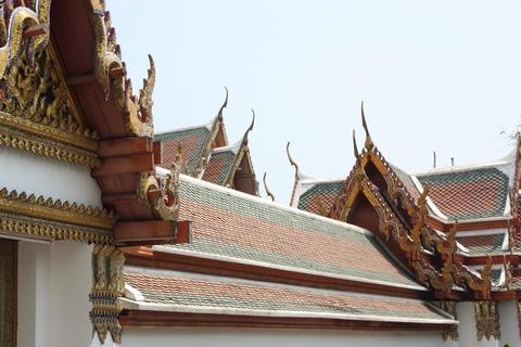 bangkok-wat-pho-temple-roofs
