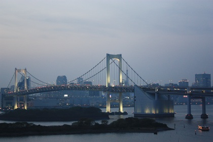 Rainbow Bridge between Odayba and Tokyo, in the twilight