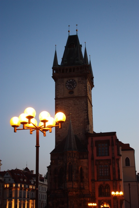 prague-old-city-astrologer-tour-evening-lights