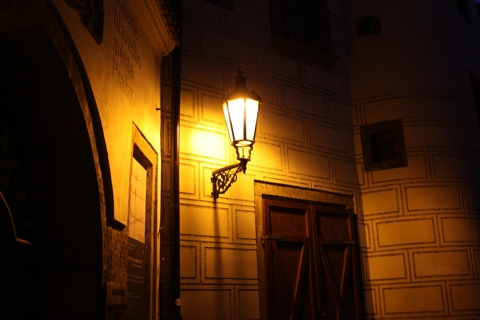 prague-old-city-single-light
