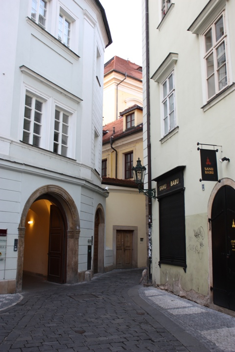prague-old-city-streets