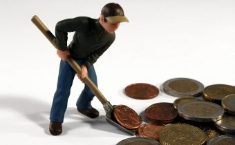 How To Become Financially Resilient In 3 Easy Steps